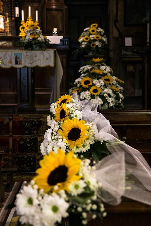 Addobbo Con Girasoli Matrimonio : Addobbi floreali in chiesa per cerimonie di matrimonio